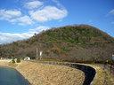 北山ダムの向こうに甲山