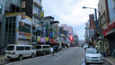 最大の都市・コロンボのメインストリート 満月のため祝日につき、人通りは閑散