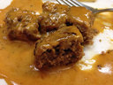 これがその「牛挽肉の衣焼き ロシア風」 美味いのだから仕方がない