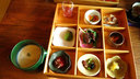 鹿と野菜を用いた9種の前菜とアンデスレッドのスープ