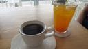 ボニンコーヒーとパッションフルーツジュース