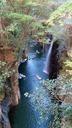名高い真名井の滝も見える