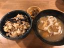 丹波栗とコウダケの炊き込みごはんにアナグマとなめこの味噌汁