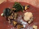スッポンとアナグマ 添えられているのは春菊とシイタケ