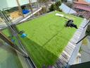人工芝マットを敷設