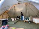 テントはとても広い